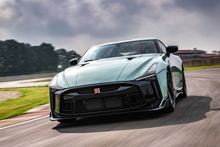 Usai GT-R50 yang digarap Italdesign, Nissan rencananya tengah menyiapkan generasi baru GT-R.
