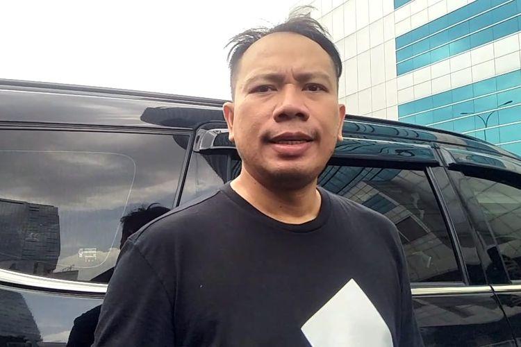 Pembawa acara Vicky Prasetyo saat ditemui di kawasan Tendean, Jakarta Selatan, Kamis (26/11/2020).