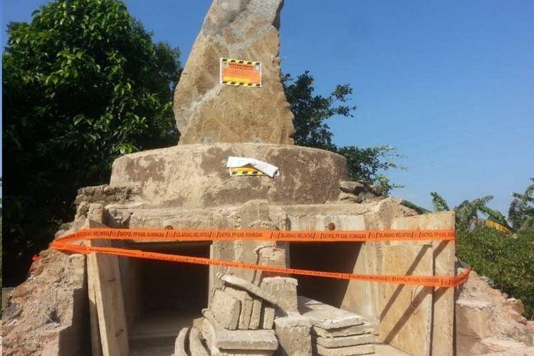 Penampakan apa yang disebut sebagai bakal pemakaman tokoh Sunda Wiwitan setelah diseg