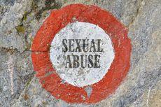 [POPULER GLOBAL] Pengasuh Ini Berhubungan Seks dengan Bocah Lelaki 13 Tahun | Klaim Bisa Sembuhkan Corona, Pendeta Ini Meninggal karena Covid-19