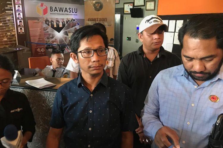 Tim hukum DPP Projo mendatangi Kantor Badan Pengawas Pemilu (Bawaslu), Jakarta, Kamis (11/10/2018).
