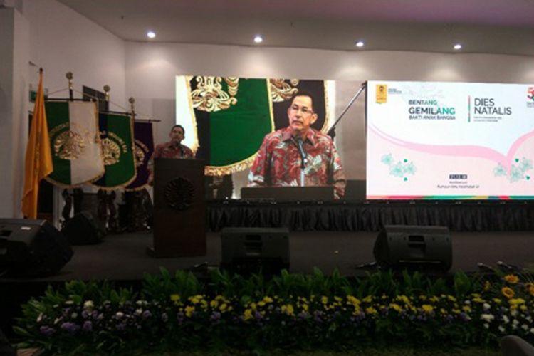 FKG UI merayakan dies natalis ke-58 dengan mengusung tema ?Bentang Gemilang, Bakti Anak Bangsa? dan diselenggarakan di Auditorium RIK UI, Depok, Jawa Barat (21/12/2018).