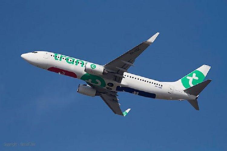 Pesawat Transavia.