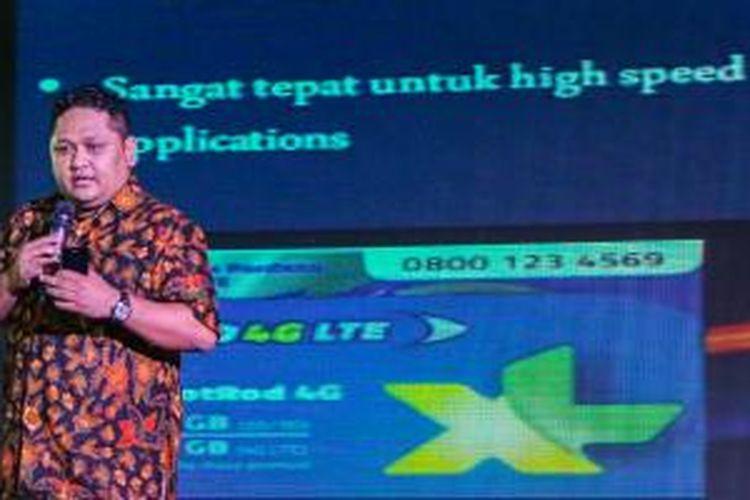 Vice President LTE XL Axiata Pantro Pander Silitonga ketika berbicara dalam acara peluncuran Lenovo A6000 di Jakarta (23/3/2015)