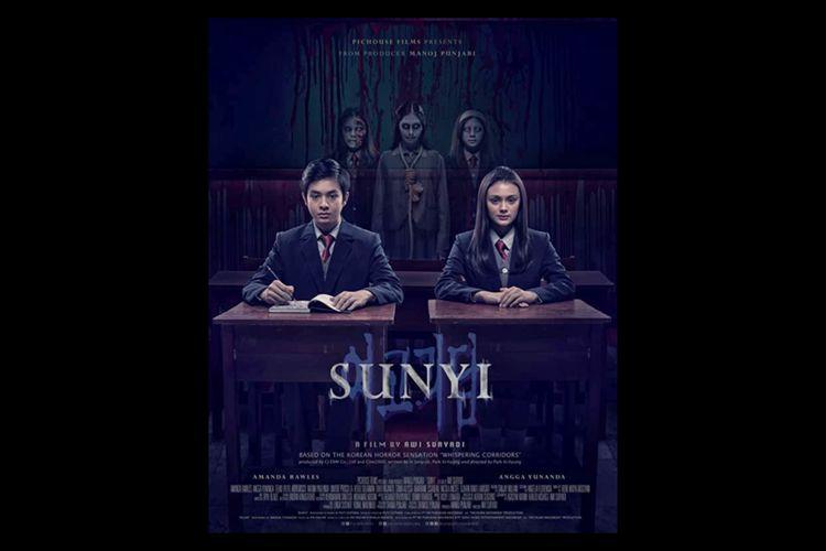 Poster film horor Sunyi (2019) yang dibintangi Angga Yunanda dan Amanda Rawles