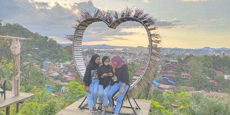 Info Terkini, Puncak Dabo di Samarinda, Nyantai Lihat Sunset Sambil Selfie
