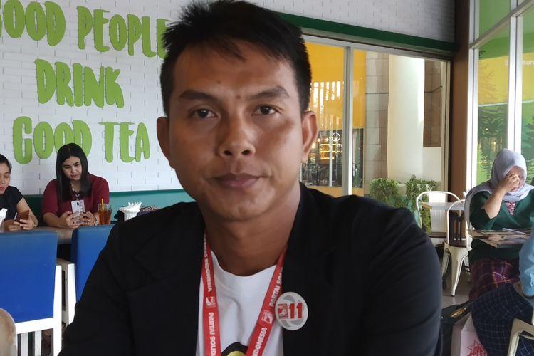 Caleg PSI Dapil 5 Kecamatan Jebres Solo dipastikan lolos menjadi anggota DPRD Kota Surakarta, Antonius Yogo P (41) di Solo, Jawa Tengah, Rabu (1/5/2019).