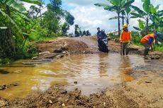 Jalan Provinsi yang Nyaris Putus di Sukabumi Sudah Bisa Dilintasi Motor