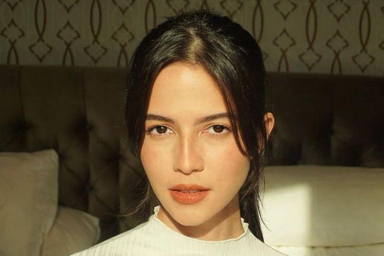 Model Juria Hartmans