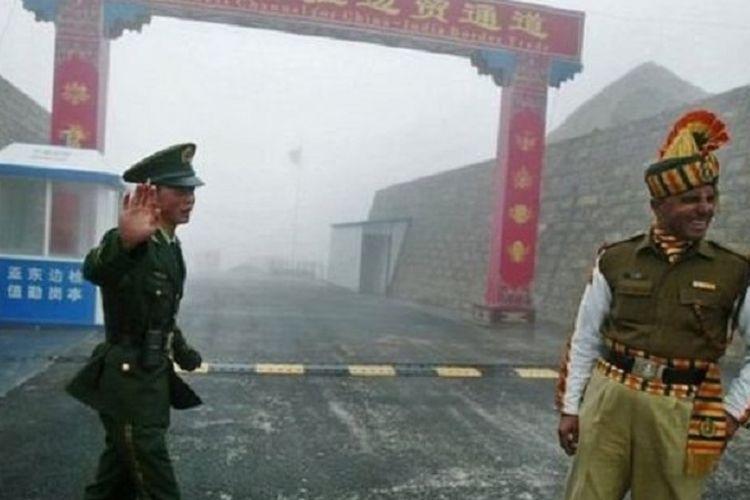 Pada Mei lalu, tujuh orang tentara China dan empat orang tentara India mengalami cedera.
