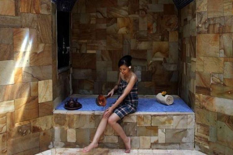 Fasilitas mandi uap di Spa Vila MesaStila, Magelang, Jawa Tengah, Senin (13/10/2014). Hammam Spa menjadi ciri khas pijat dan spa yang bisa dinikmati pengunjung di vila tersebut.