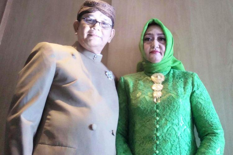 Paman Bobby, Doli Sinomba Siregar dan istrinya, Rabu (15/11/2017).