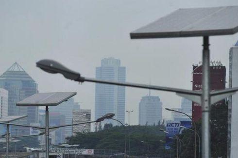 Jokowi: Tahun Depan Semua Rusun Pakai Tenaga Surya