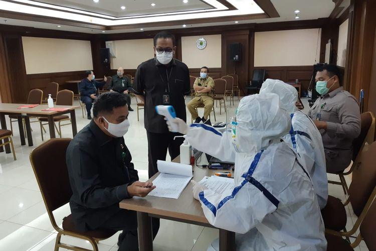 Sebanyak 257 petugas Pengadilan Negeri Jakarta Pusat mengikuti pemeriksaan rapid test antigen Covid-19, Rabu (4/11/2020).