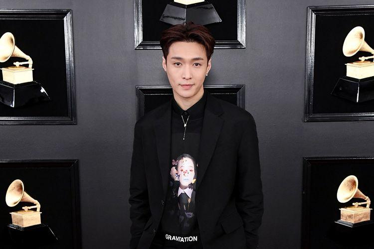 Member boyband EXO Lay Zhang menghadiri Grammy Awards 2019 yang digelar di Staples Center, Los Angeles, California, Minggu (10/2/2019).