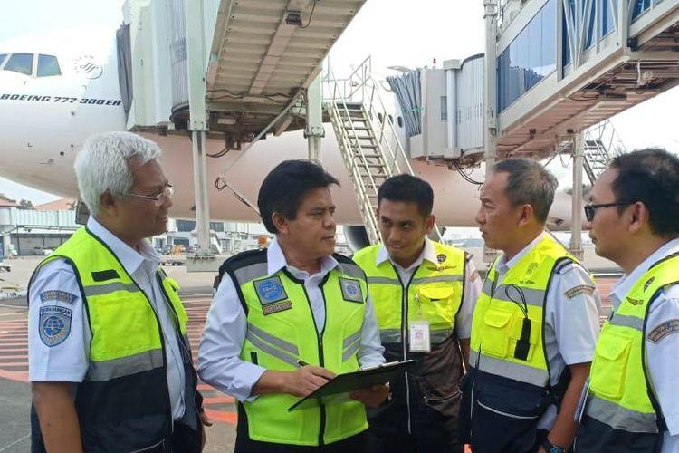 Dirjen Perhubungan Udara Agus Santoso melakukan rampcheck penerbangan haji di Bandara Soekarno-Hatta, Rabu (25/7/2018)