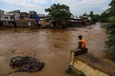 Aliran Sungai Ciliwung Jakarta Sudah Bersih dari Sampah Banjir
