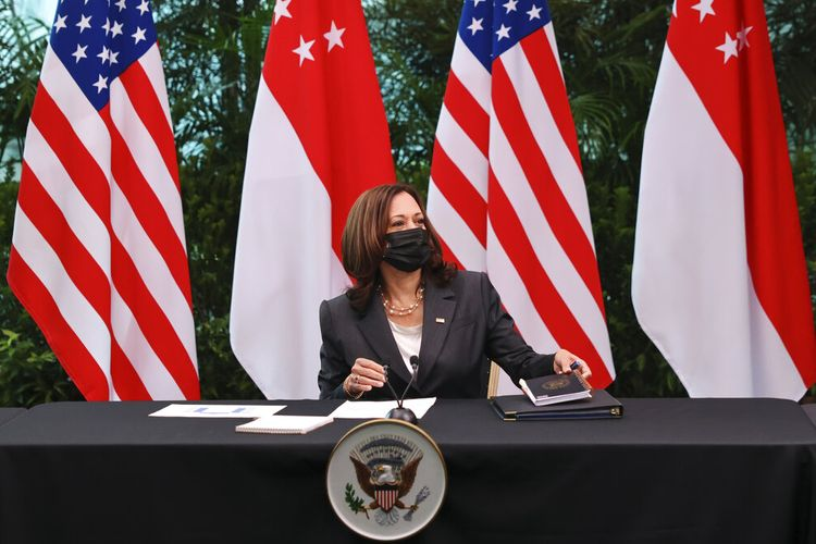 US Vice President Kamala Harris attends a roundtable at Gardens by the Bay in Singapore before departing for Vietnam on the second leg of her Southeast Asia trip, Tuesday, Aug. 24, 2021. (Evelyn Hockstein/Pool Photo via AP)