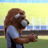 Kiat Merawat Maskot Singa Arema FC di Tengah Pandemi Virus Corona