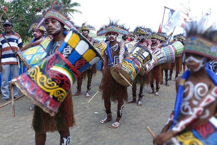 Festival Suling Tambur di Kampung Kabare, Distrik Waigeo Utara, Raja Ampat, Selasa (25/9/2018).