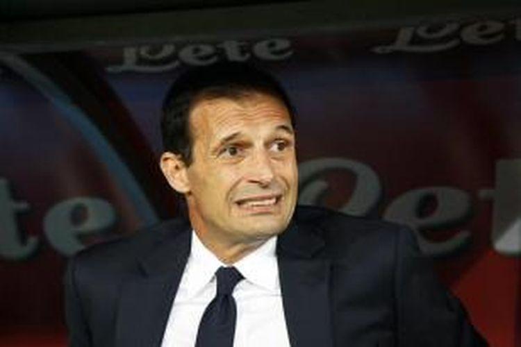 Massimiliano Allegri gagal membawa Juventus menyamai rekor 17 kemenangan beruntun Inter Milan di Serie A.