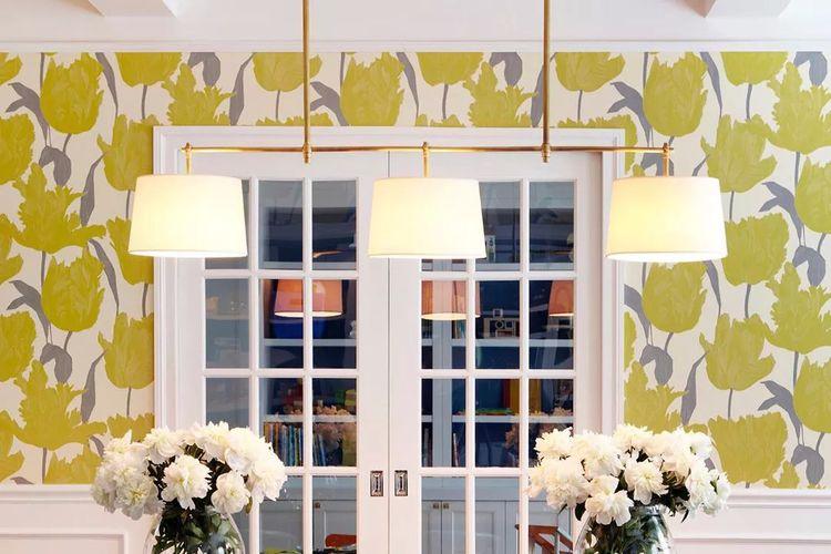 Ilustrasi wallpaper motif bunga.