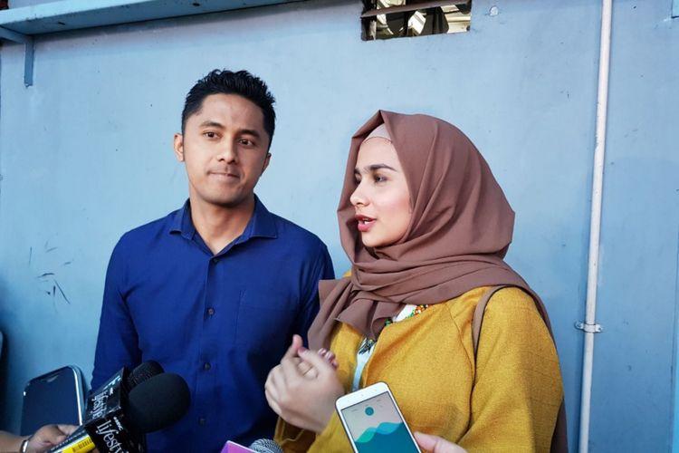 Hengky Kurniawan dan Sonya Fatmala dalam wawancara di Studio TransTV, Mampang, Jakarta Selatan, Rabu (20/12/2017).
