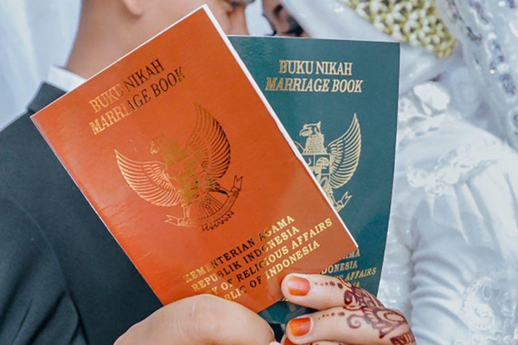 Ilustrasi buku nikah di Indonesia.