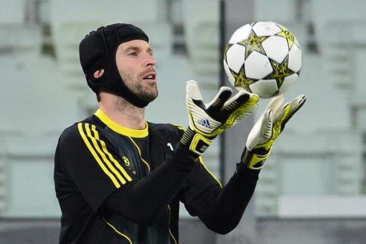 Petr Cech ketika masih bermain untuk Chelsea.