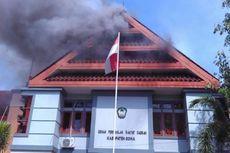 Aksi Pelaku Pembakaran Kantor DPRD Gowa Sempat Terekam CCTV