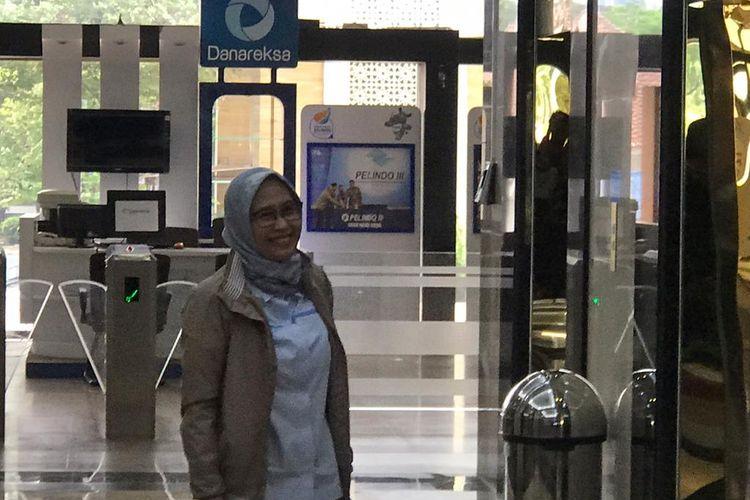Pelaksana tugas (Plt) Direktur Utama PT Perusahaan Listrik Negara (PLN) Sri Peni Inten Cahyani mendatangi Kantor Kementerian BUMN pada Selasa (26/11/2019).