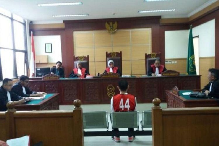 Putra Jeremy Thomas, Axel Matthew Thomas, menjalani sidang perdana kasus narkotika di PN Tangerang, Senin (11/9/2017).