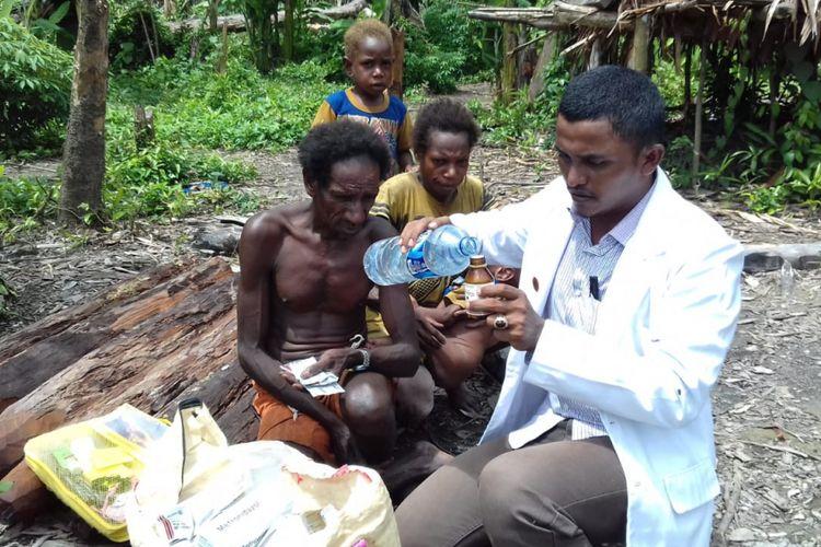 Dokter Fajri Nurjamil, dokter asal Aceh yang mengabdi di Kabupaten Asmat, Papua.