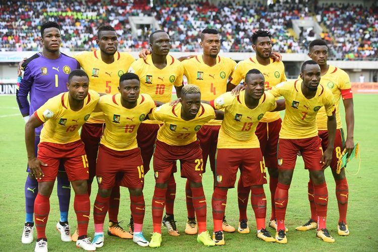 Para pemain tim nasional Kamerun berpose sebelum melakoni laga kualifikasi Piala Dunia 2018 Zona Afrika melawan Nigeria di Godswill Akpabio International Stadium, Uyo, Nigeria Selatan, Senin (4/9/2017).
