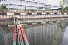 Detergen Cemari Sungai, Anies Akan Atur Usaha Cuci Mobil dan Laundry