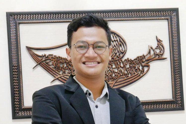 Mahasiswa Prodi Penyuluhan dan Komunikasi Pertanian (PKP) Universitas Sebelas Maret (UNS) Surakarta, Nugroho Hasan.