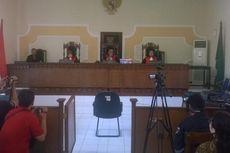 Baru 10 Menit, Sidang Kasus Pengusaha Cabul di Kediri Diskors