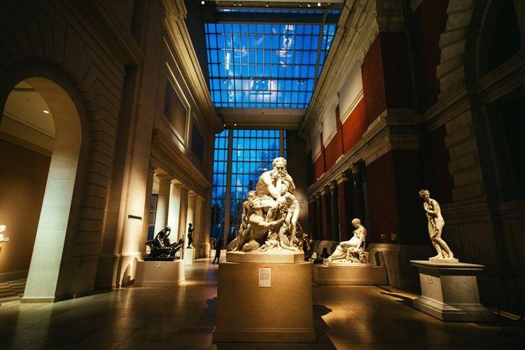 Interior di dalam Metropolitan Museum of Art's, New York yang menjadi tempat terselenggaranya Met Gala