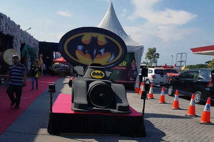 Pos pelayanan Polres Gresik di SPBU Tebaloan yang disulap menjadi kampung superhero.