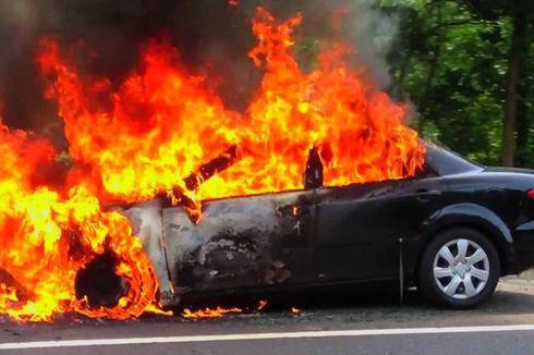 [POPULER NUSANTARA] Mobil Terbakar Saat Isi BBM di SPBU | ATM di Dalam Minimarket Dibobol Pencuri