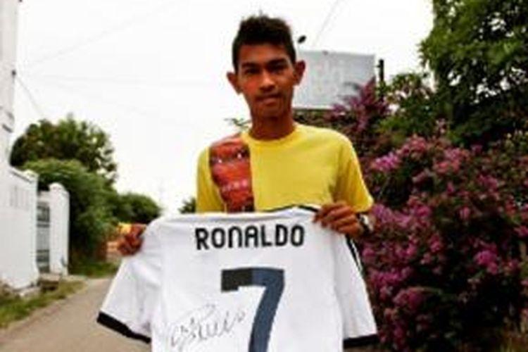 45+ Gambar Cristiano Ronaldo Pake Baju Portugal HD Terbaik