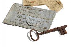 Kunci Penjara Tempat Napoleon Bonaparte Meninggal Laku Rp 1,5 Miliar
