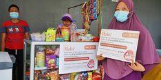 Bersama KitaBisa dan Rachel Vennya, Dompet Dhuafa Borong Dagangan Dua Ibu di Bekasi