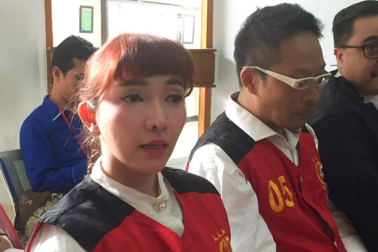 Artis Roro Fitria saat menjalani sidang di Pengadilan Negeri Jakarta Selatan, Kamis (2/8/2018).