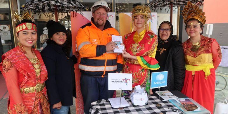 Festival Dark Mofo berlangsung 6-23 Juni 2019 di Hobart, Tasmania, Australia. Festival Dark Mofo adalah acara tahunan yang diselenggarakan oleh MONA (Museum of Old and New Art) Hobart, Tasmania. Festival ini menawarkan sentuhan kontemporer bergaya abad pertengahan, dengan malam terpanjang sepanjang tahun.