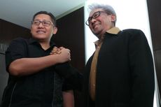 Tuding Bermuatan Politis, Adnan Buyung Dampingi Pemeriksaan Anas