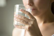 Rasakan 5 Manfaat Tak Terduga Berkat Minum Air Hangat