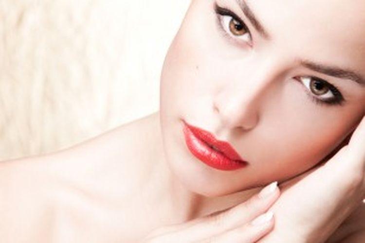 Bentuk wajah seorang wanita mempengaruhi kelanggengan hubungan asmara mereka.