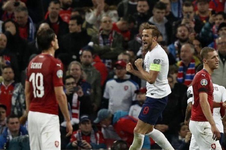 Harry Kane merayakan golnya pada pertandingan Inggris vs Rep Ceko dalam babak kualifikasi Piala Eropa 2020 di Stadion Wembley, 22 Maret 2019.
