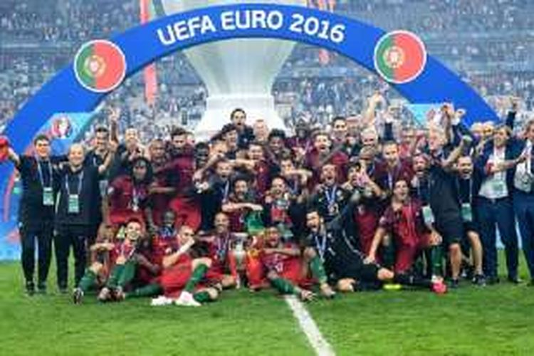 Portugal menjadi juara Piala Eropa 2016 seusai menang 1-0 atas Perancis, Minggu (10/7/2016).